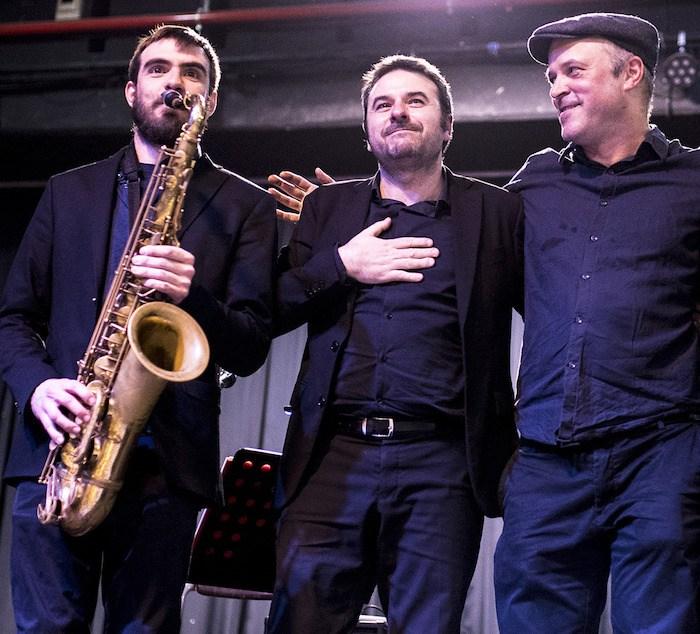 FIRA DEL TRUMFO I LA TOFONA DE CATALUNYA - BANDA UNMINUTIMIG trio