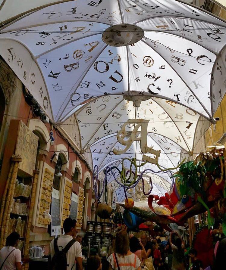 Carrers premiats Gràcia - segon premi carrer mozart- la biblioteca