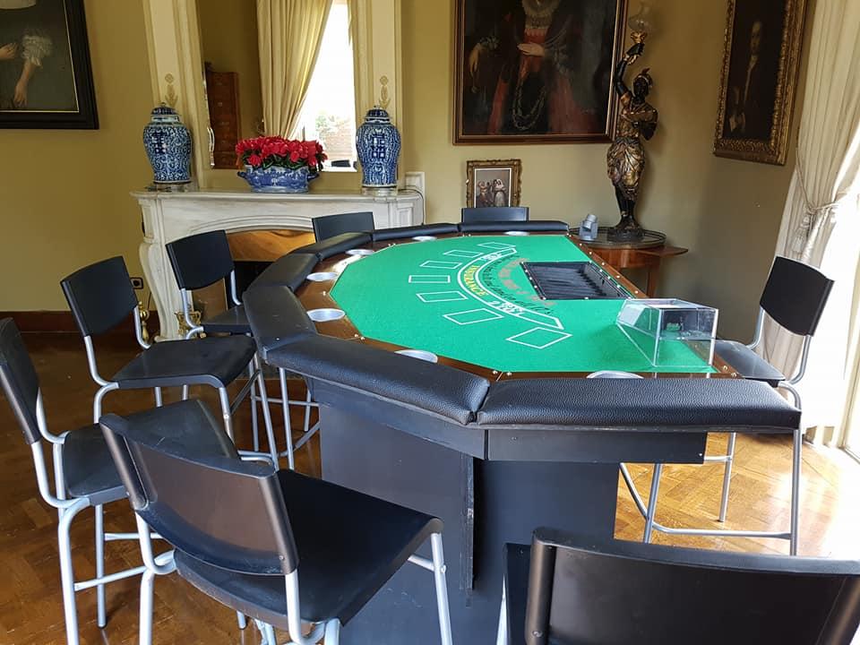 Lloguer de taules de poker barcelona - lis digital